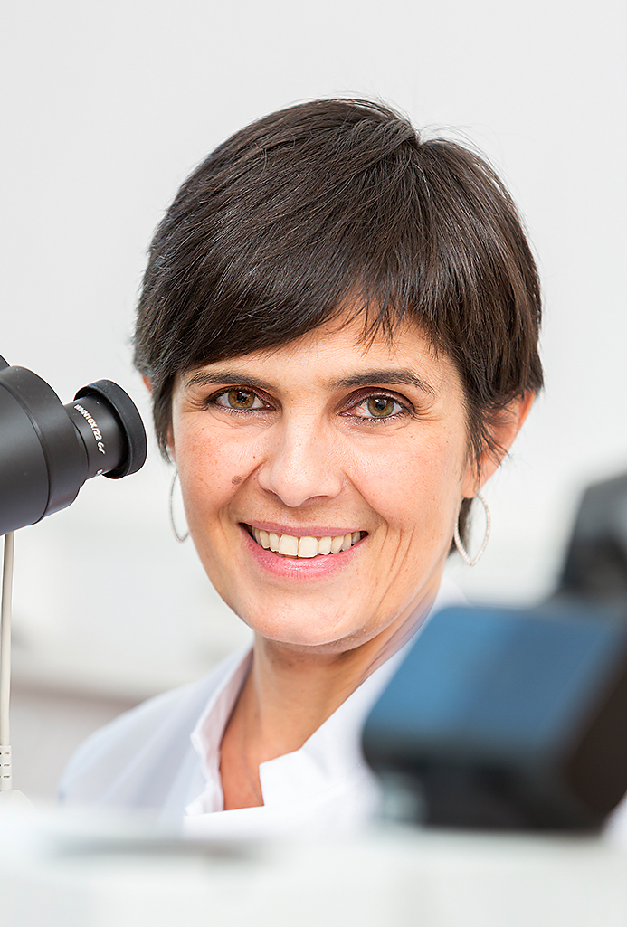 Ärztin, Pathologin, Universitätsklinik Düsseldorf