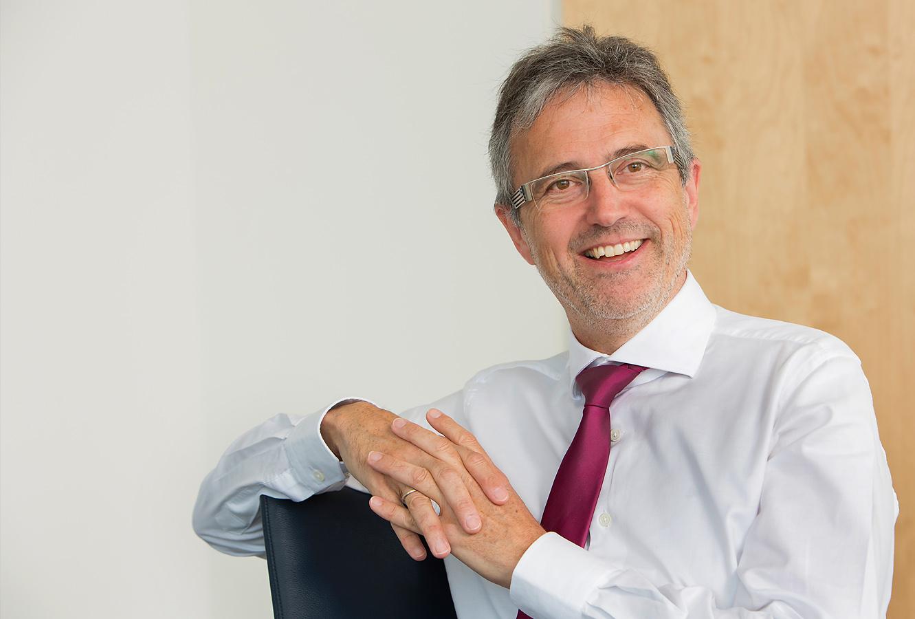 Portrait Martin Litsch - Vorstandsvorsitzender AOK-BV