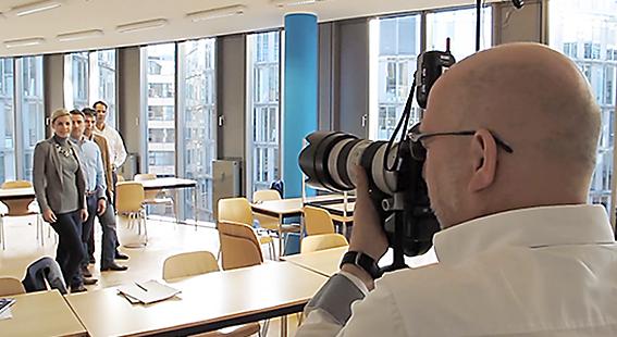 Ein Making Of Clip - Jürgen Schulzki im Foto-Shooting